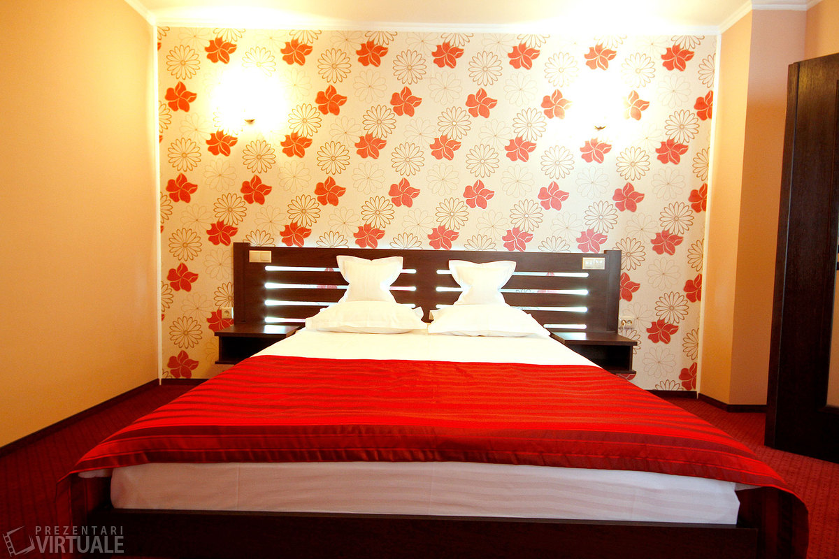 tur-virtual-hotel-complex-turistic-stejarii-brasov-149