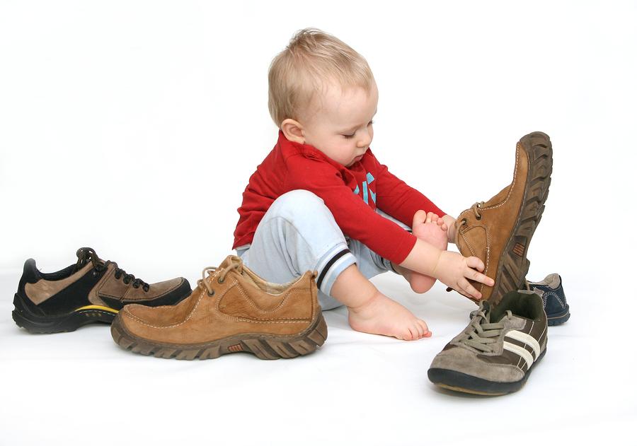 Cum alegi încălţările potrivite pentru copii?