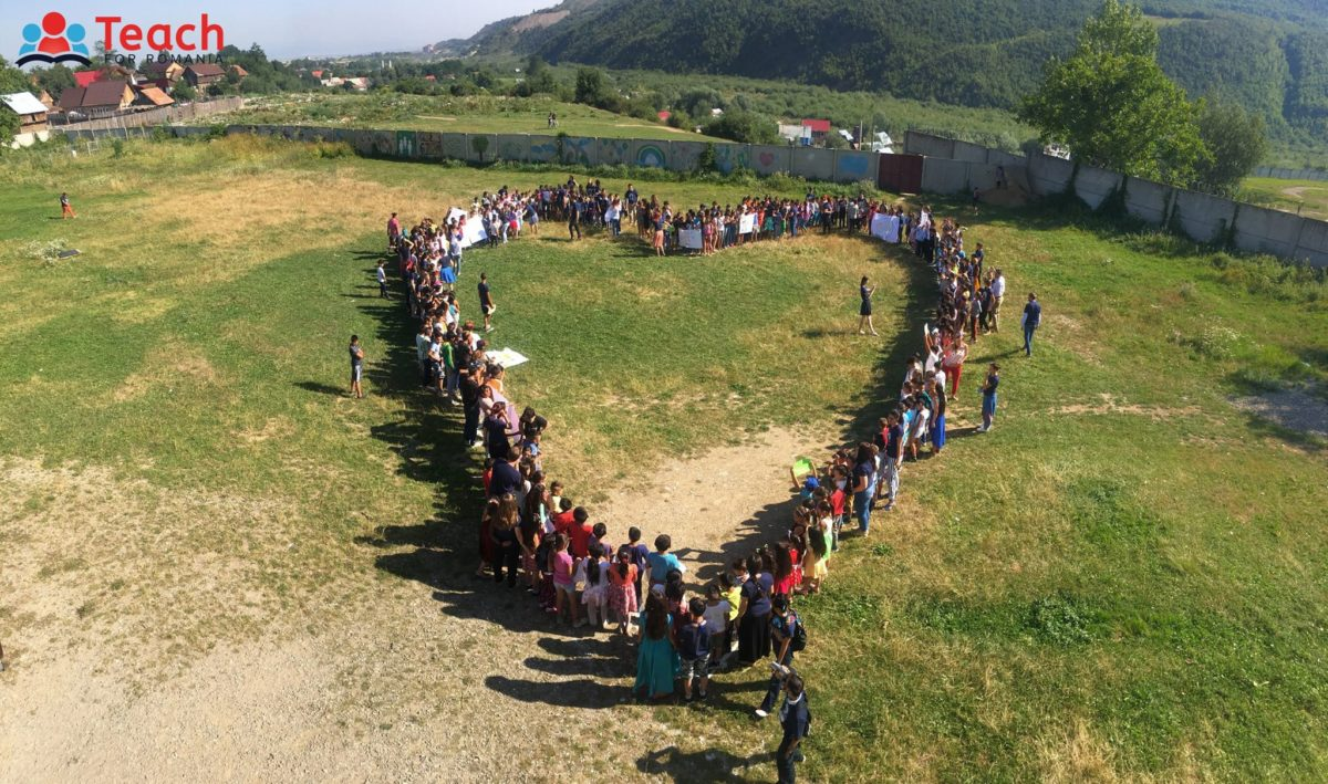 Azi, Teach for Romania. Interviu cu Sinziana Badea